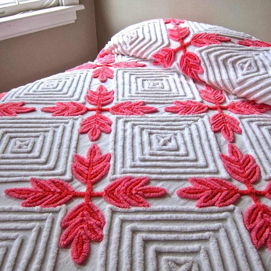 jeni sandberg 20thcentury design how to care for vintage chenille bedspreads - Chenille Bedspreads