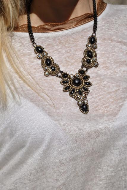 collana majique collana nera necklace majique london mariafelicia magno fashion blogger blog di moda italiani colorblock by felym milano blog di moda italiani blogger italiane di moda