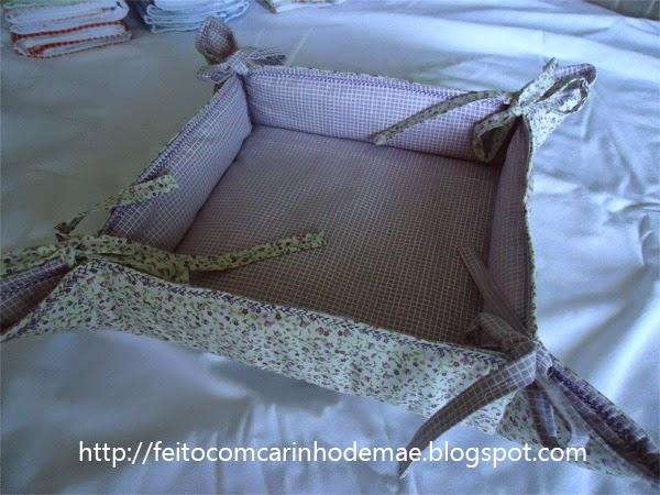 cesta de pães de tecido