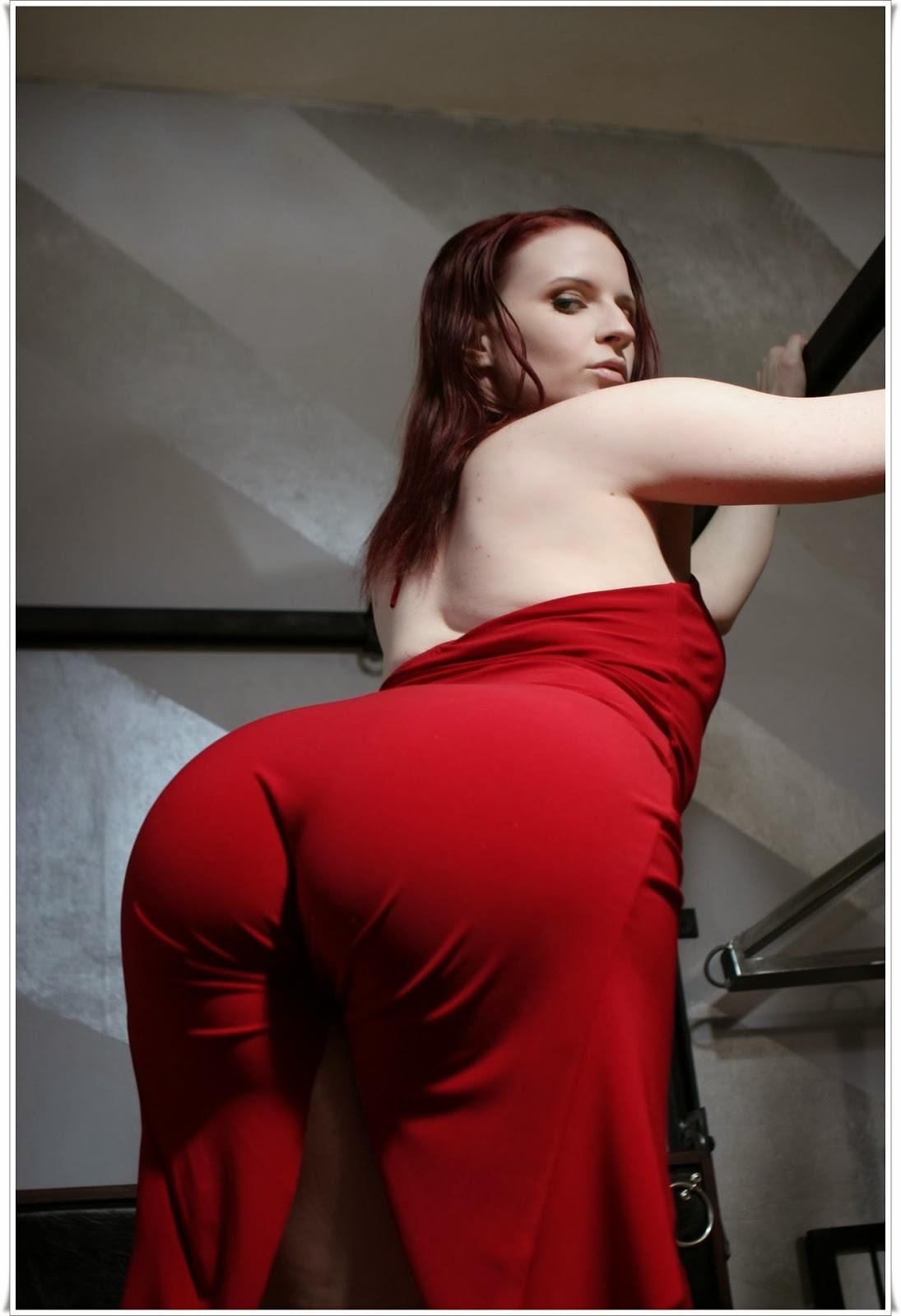 Большие попы в платьях порно, домашние фото секси девушек