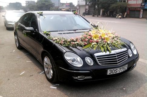 Xe cưới Mercedes E280,Xe cô dâu,xe hoa Mercedes E280