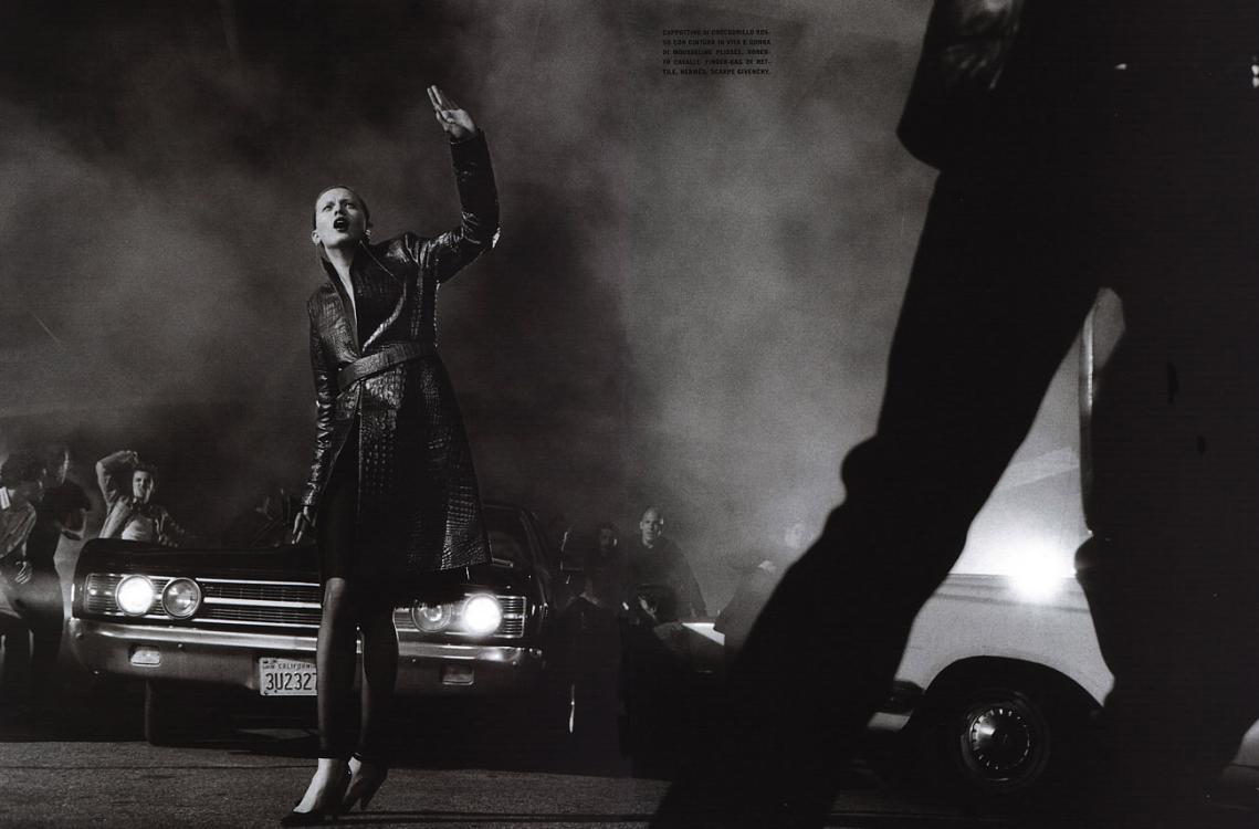 http://3.bp.blogspot.com/-856cUpikMVk/U6MFH6oKckI/AAAAAAAAUxU/1in2ZG2nEAw/s1600/Fakingfashion:+Vogue+Italia+October+5.jpg.png