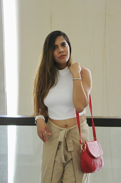 fashion, cheap plazzo, how to style plazzo pants, crop top, white crop top, cheap sling bag online india, stalkbuylove, how to style crop top, chic outfit, turtle neck top, fall outfit, winter outfit, delhi blogger, delhi fashion blogger, beauty , fashion,beauty and fashion,beauty blog, fashion blog , indian beauty blog,indian fashion blog, beauty and fashion blog, indian beauty and fashion blog, indian bloggers, indian beauty bloggers, indian fashion bloggers,indian bloggers online, top 10 indian bloggers, top indian bloggers,top 10 fashion bloggers, indian bloggers on blogspot,home remedies, how to