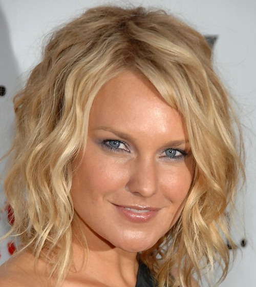 Medium Wavy Cut, Long Hairstyle 2011, Hairstyle 2011, New Long Hairstyle 2011, Celebrity Long Hairstyles 2099