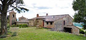 YOUR HOLIDAY HOME NEAR MONTALCINO
