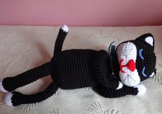 http://ainoslabores.blogspot.de/2014/07/gato-dormilon-amineko.html#more