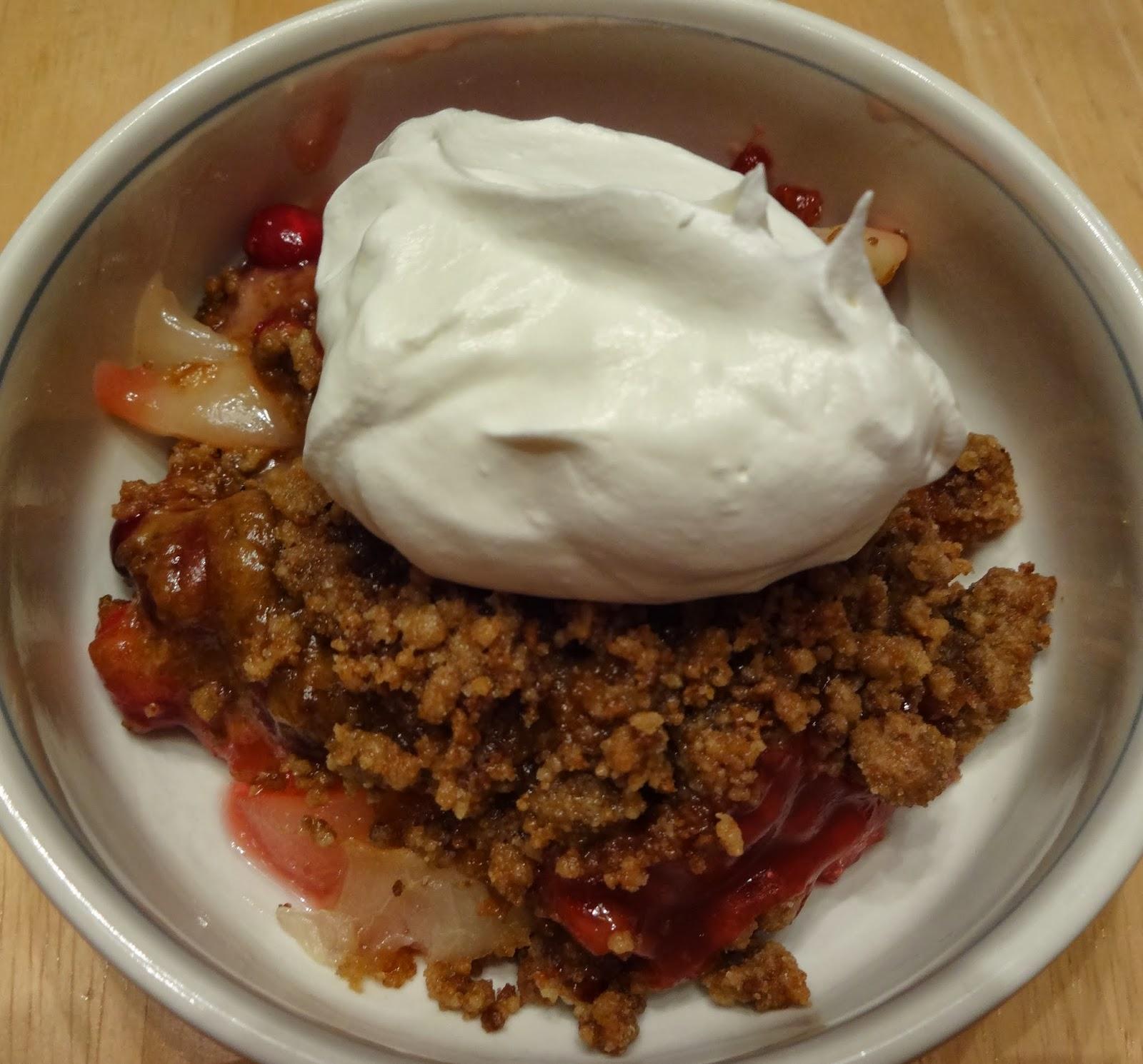 Shenandoah Gateway Farm: Pear, Cranberry and Gingersnap Crumble