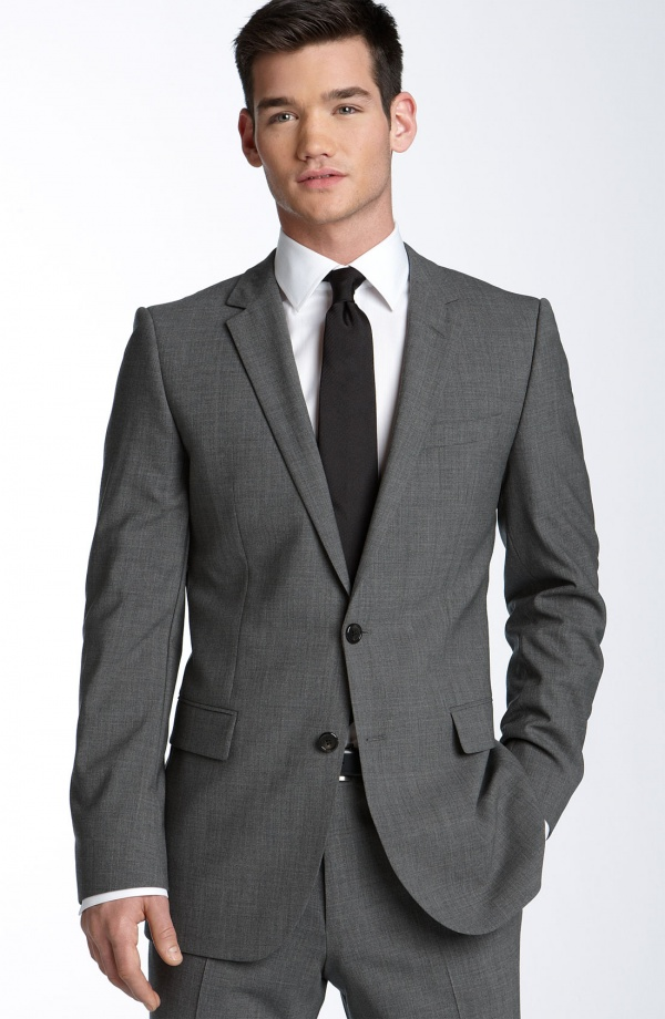 Pin charcoal grey suit blue shirt on pinterest for Shirt and tie for charcoal suit