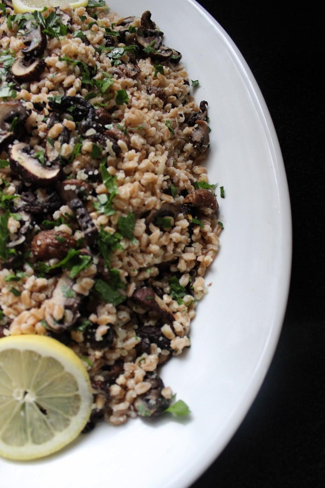 Roasted Mushroom Farro Salad | CrunchyGooey