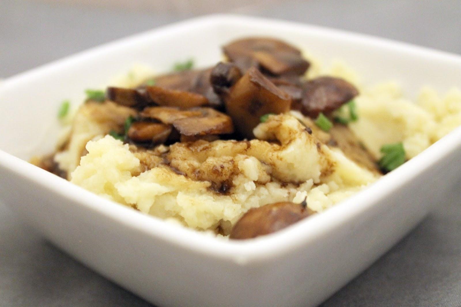 Mashed Potatoes Bowl Bowl of Mashed Potatoes on
