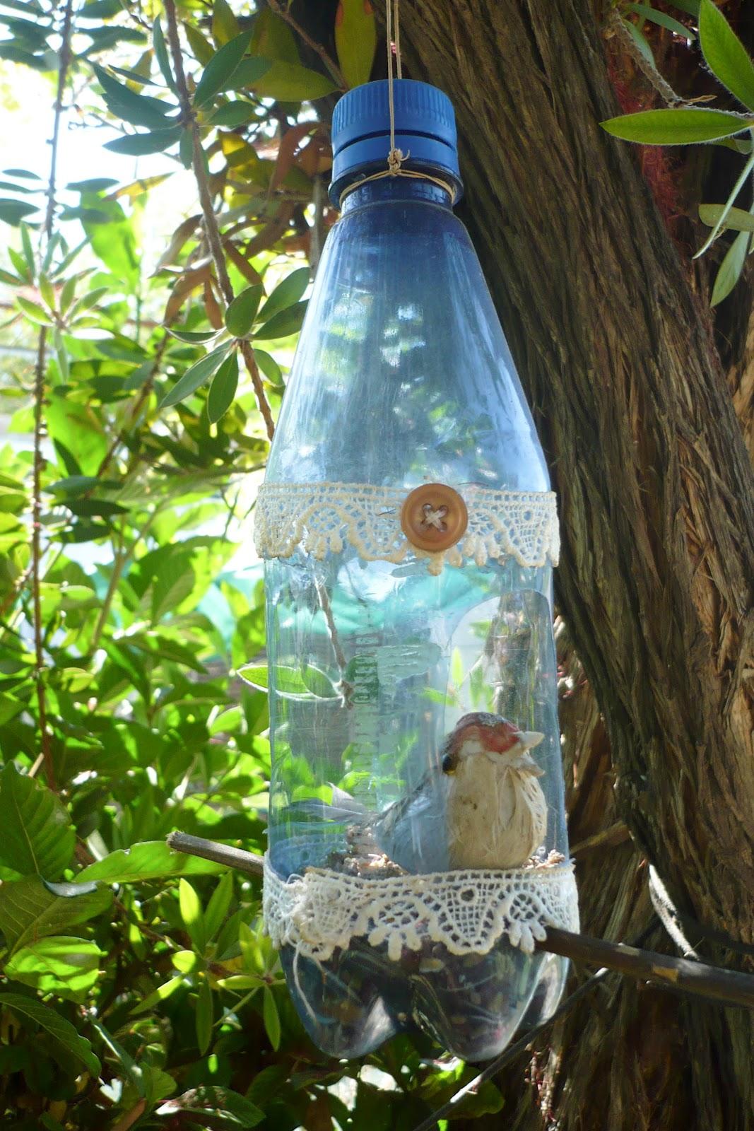 El otro sentido de mi vida comedero de p jaros reciclado - Comedero de pajaros ...