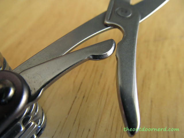 Leatherman Juice XE6 Multi-Tool: View Of Scissors 1