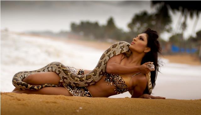 srilankan bikini girls photo gallery