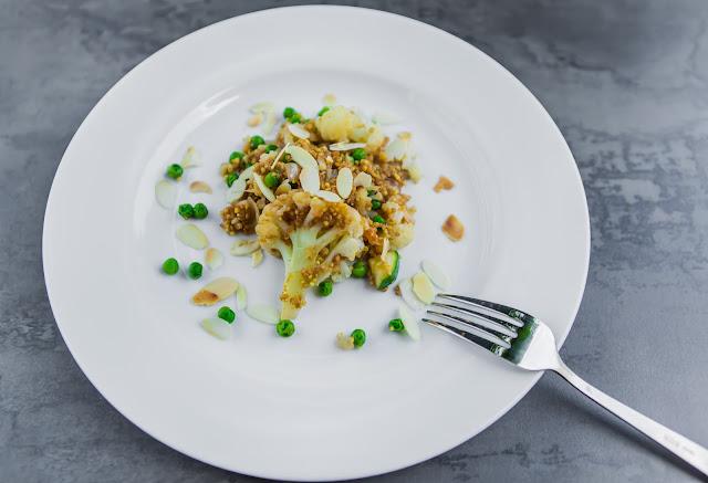 Quinoa Curry mit Rote Beete Saft und Mandeln