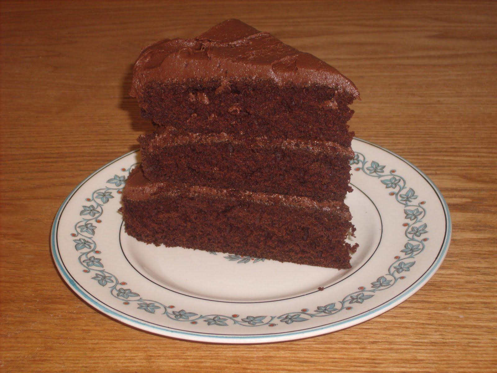 Gamers Fridge: Delicious Chocolate Cake