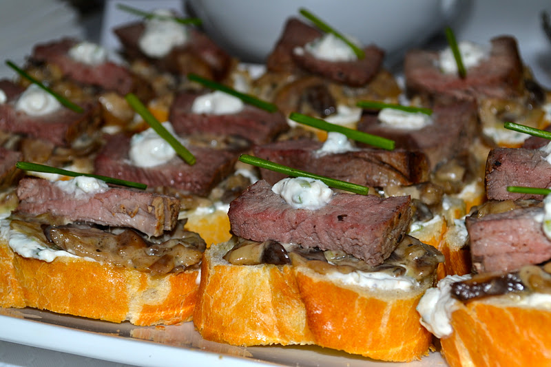 Prettyology for Beef horseradish canape