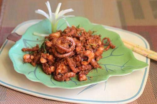Vietnamese food - Bạch Tuộc Xào Sả Ớt