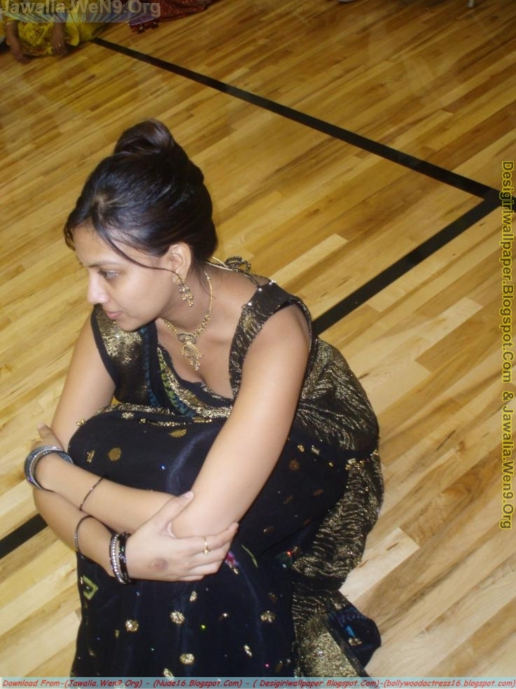 indian real life downblouse № 74730