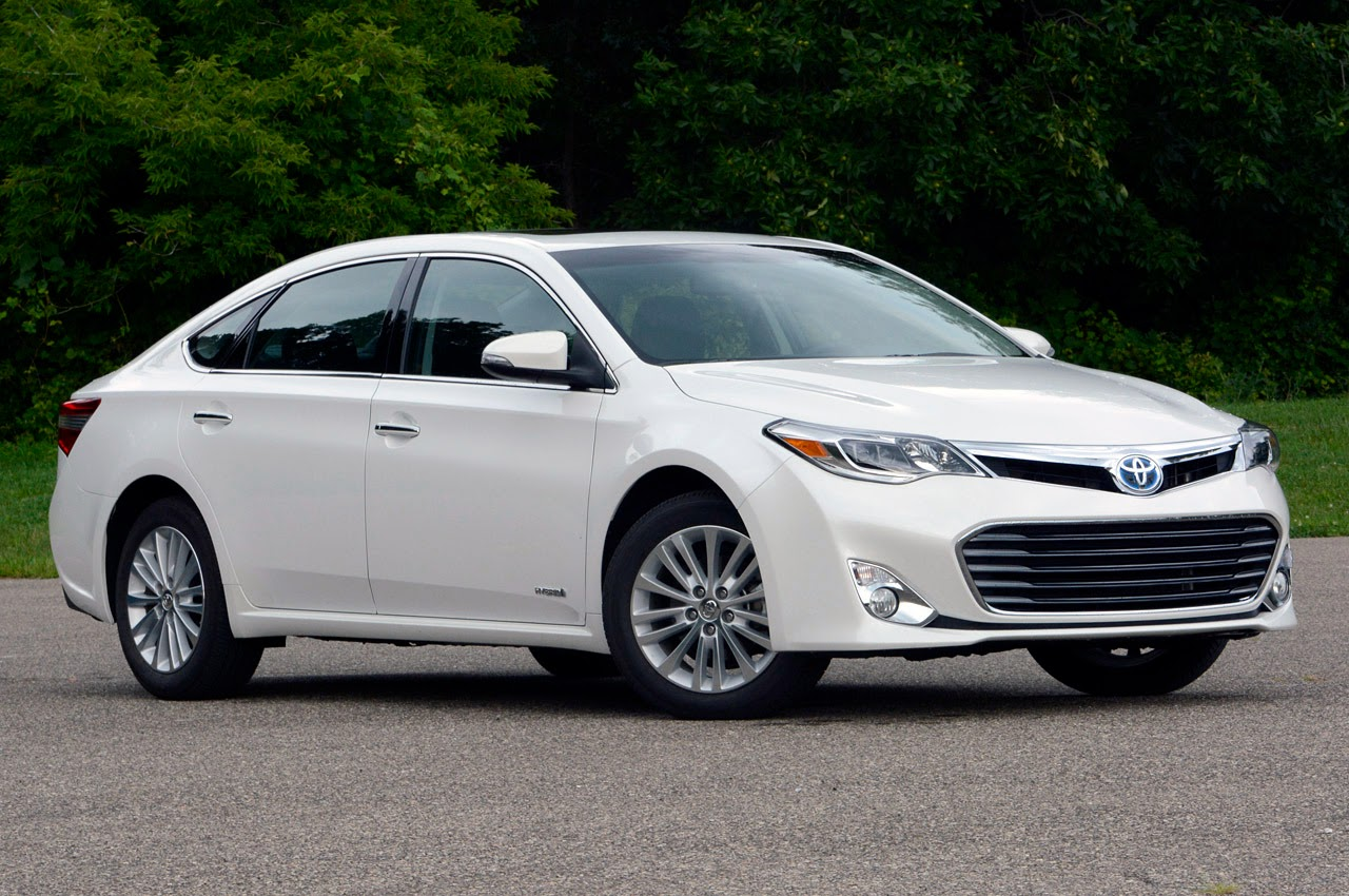 automotiveblogz 2013 toyota avalon hybrid review photos. Black Bedroom Furniture Sets. Home Design Ideas