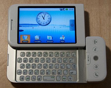 Smartphone android pertama