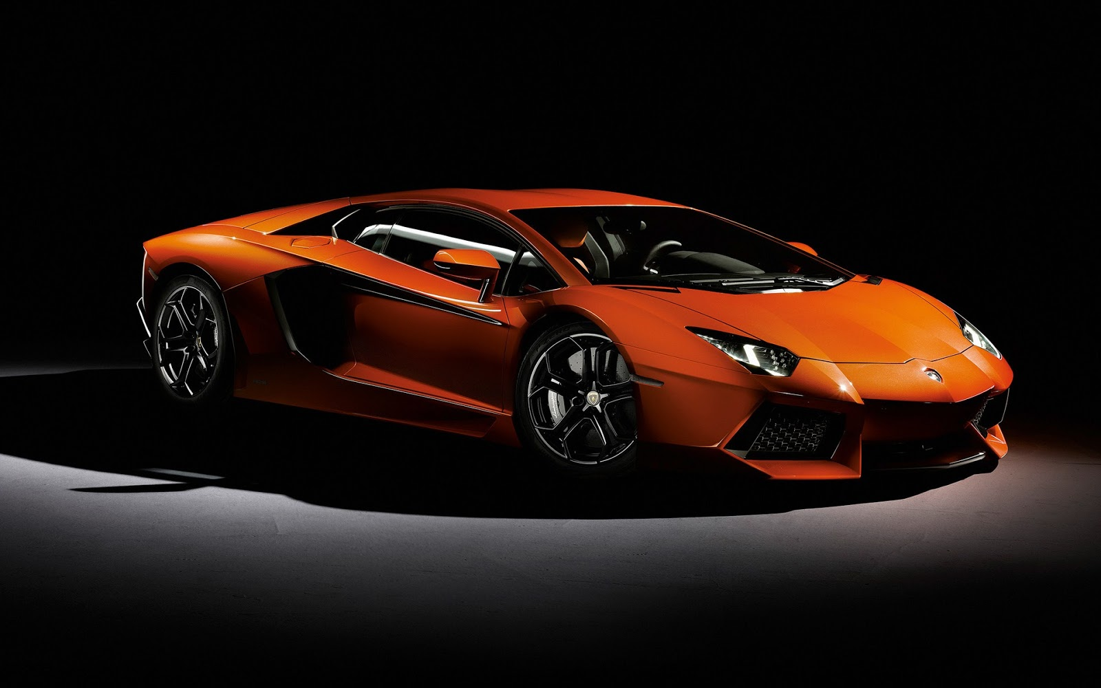 2014 lamborghini aventador car review car wallpaper collections gallery view. Black Bedroom Furniture Sets. Home Design Ideas