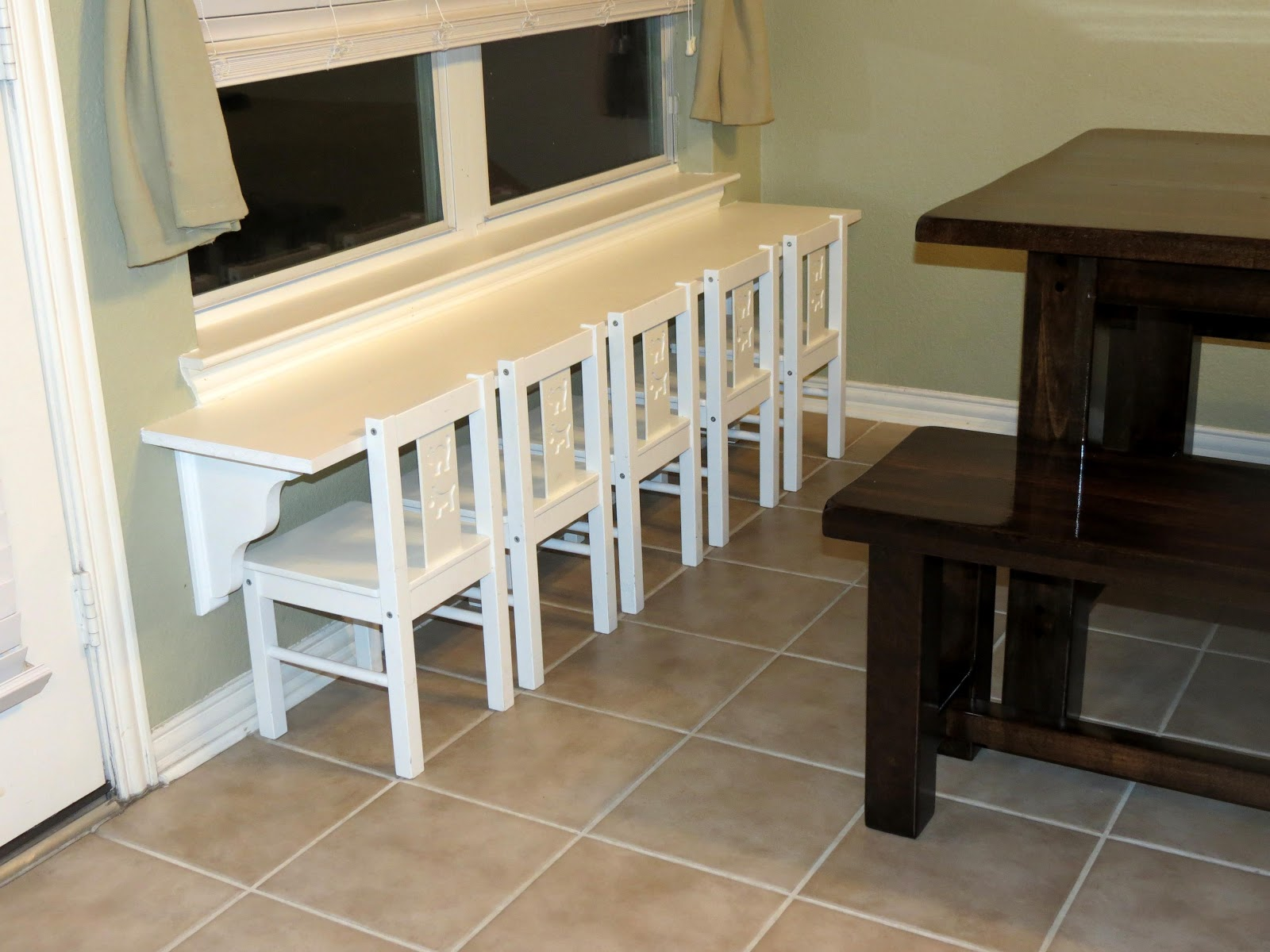 Against The Wall Dining Table How To Decorate A Sofa Table Against A Wall Fresh Luxurious