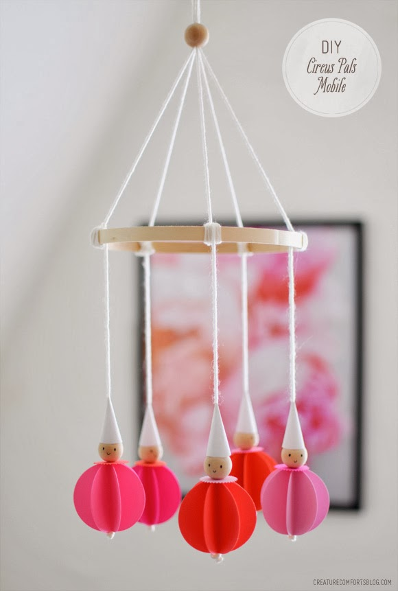 DIY CIRCUS PALS MOBILE  ROOM DECOR