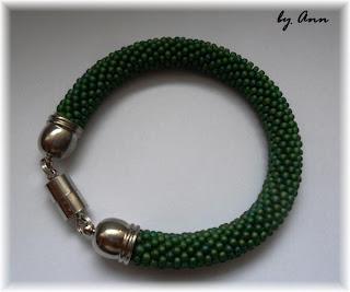 węże koralikowe bransoletka zieleń magnes