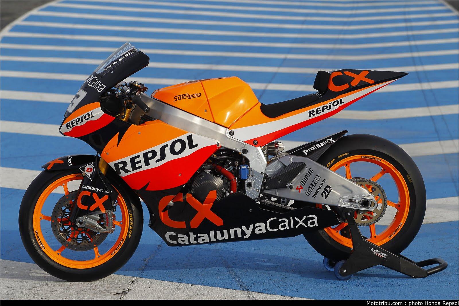 Machines de courses ( Race bikes ) - Page 7 Suter%2BMMX%2BMarquez%2B2011%2B03