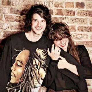 Beach House – Myth Lyrics | Letras | Lirik | Tekst | Text | Testo | Paroles - Source: musicjuzz.blogspot.com