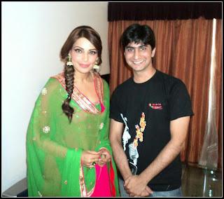 Bipasha & Nawazuddin promote # Aatma in Indore