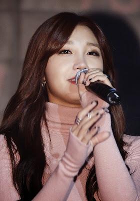 Eunji Apink LUV Live