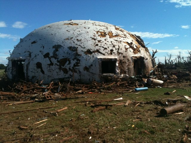 Tornado proof dome house