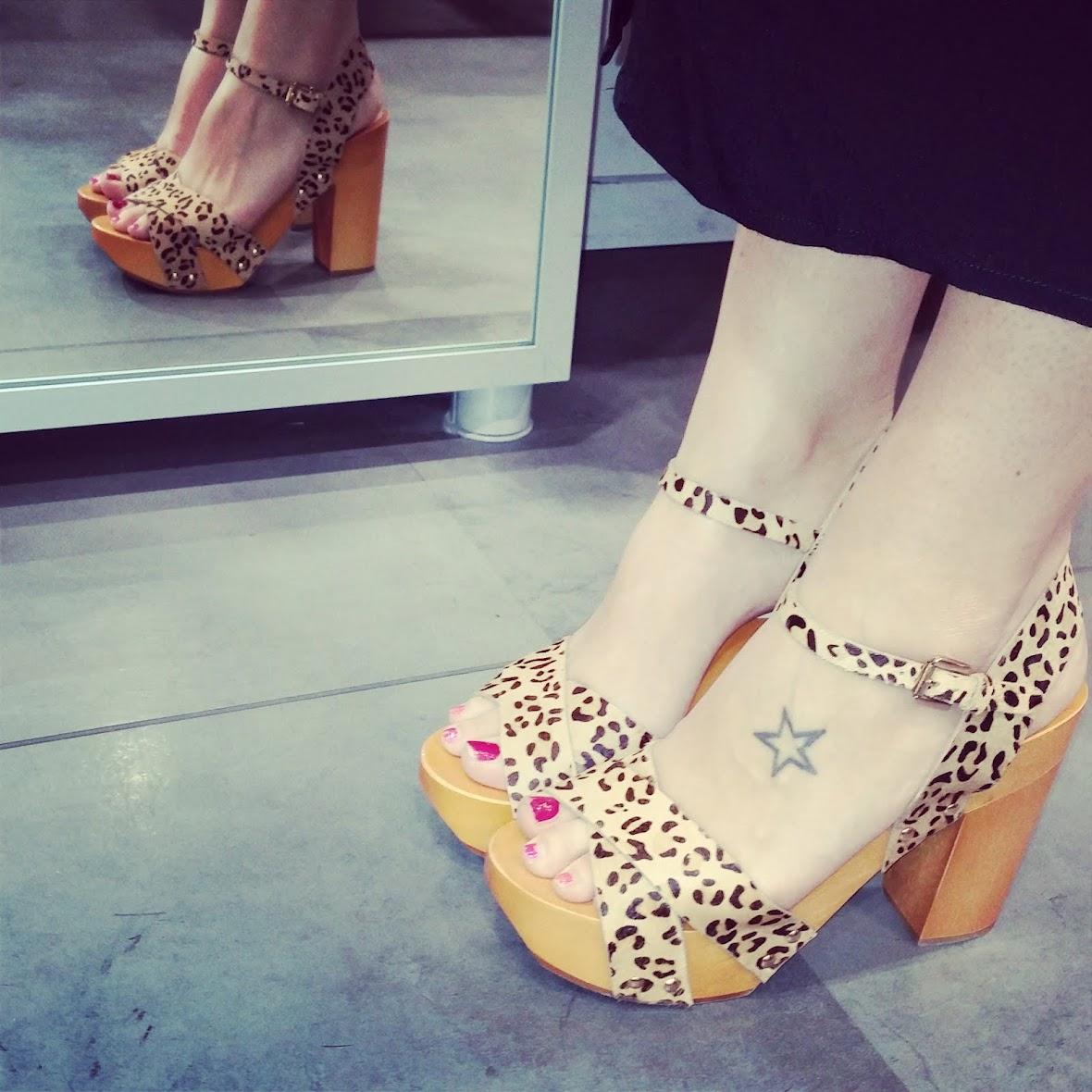 Shoe-fiend