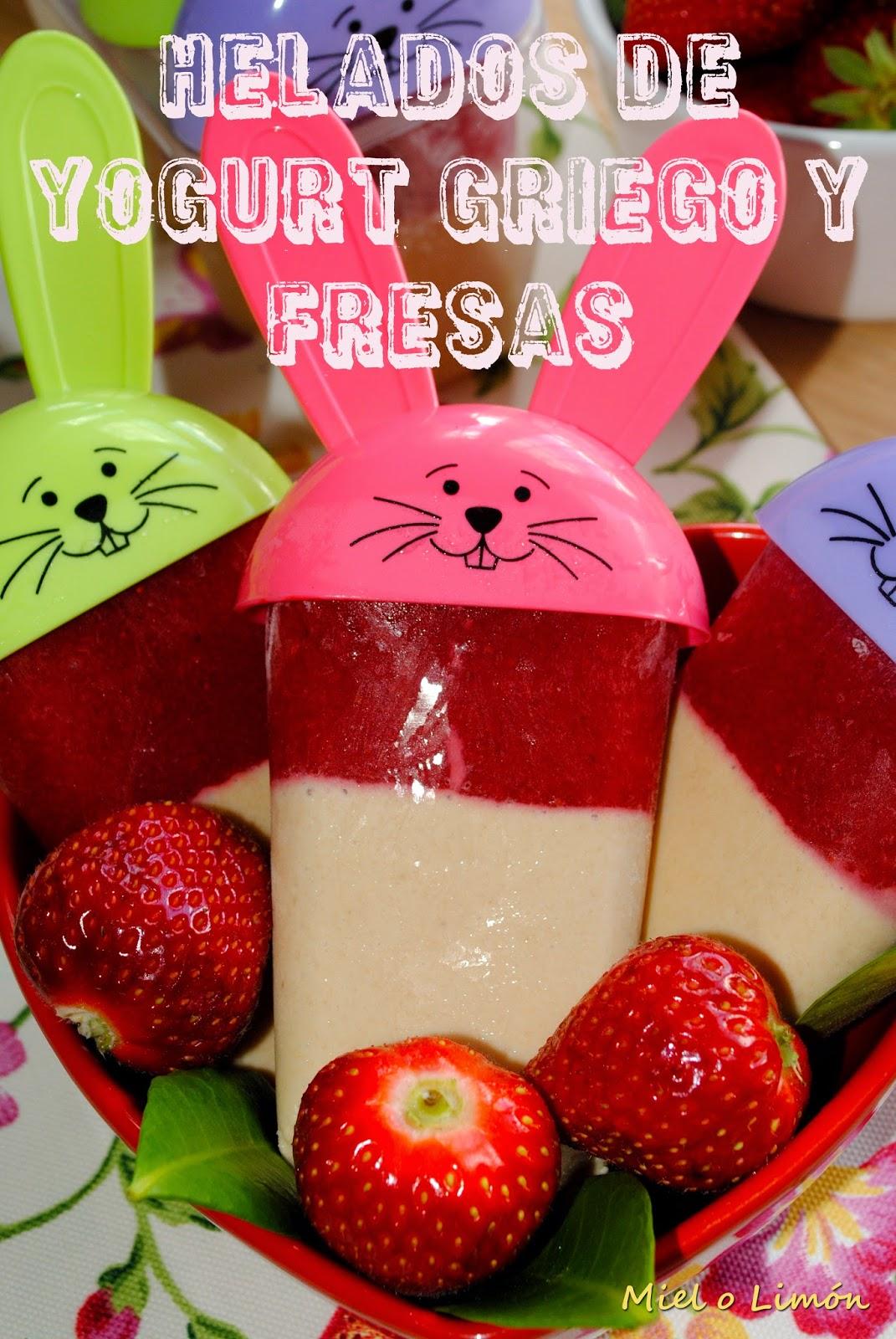 Helados De Yogurt Griego Y Fresas
