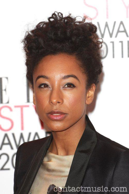 Corinne Bailey Rae: Curly Updo