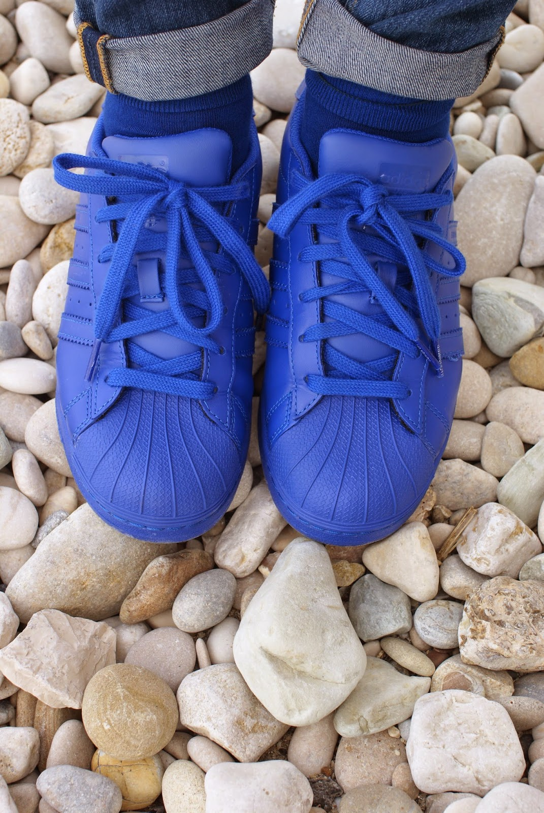 adidas supercolor sneakers in bold blue, adidas scarpe da donna, where to find adidas supercolor, Fashion and Cookies, shop supercolor adidas, fashion blogger