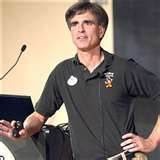 picture of Randy Pausch at a conference