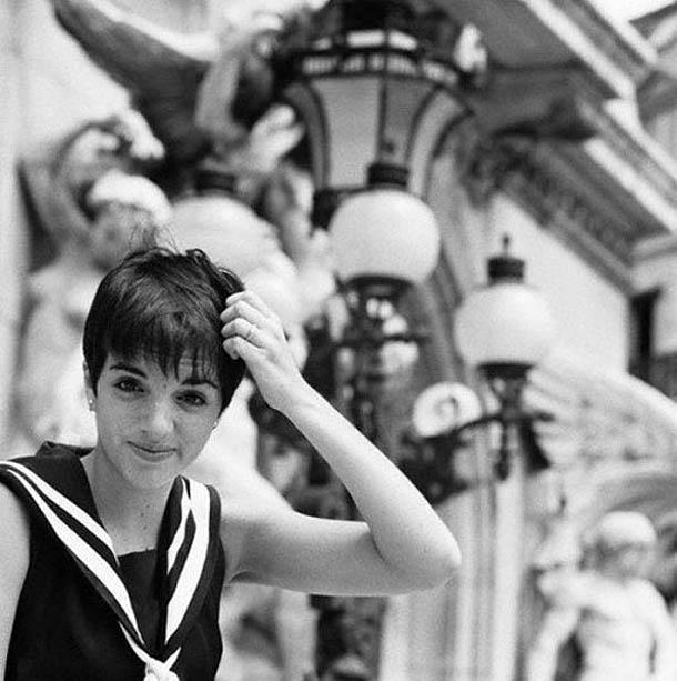 Fotografias a preto e branco de celebridades - Liza Minnelli