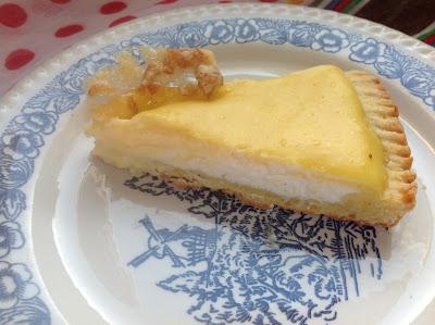 crostata al limone con ricotta e crema pasticcera - lemon pie with custard and cheese