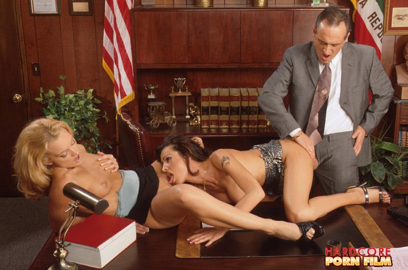 порно фото галерея секретарша бесплатно