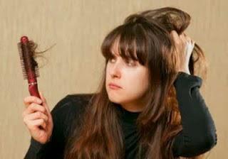 9 Cara Ampuh Mengatasi Rambut Rontok