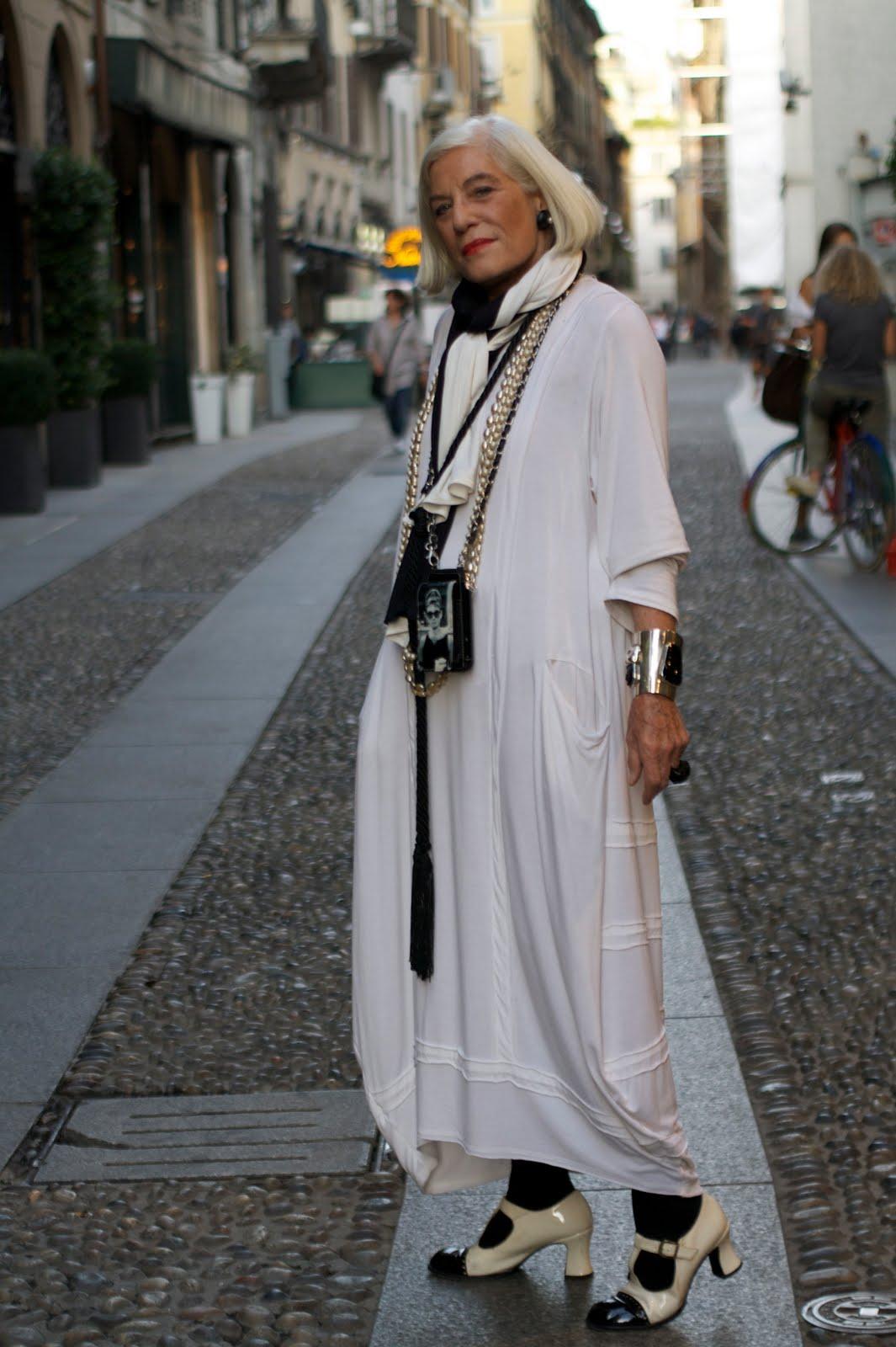 Мода для женщин элегантного возраста 16 фотография