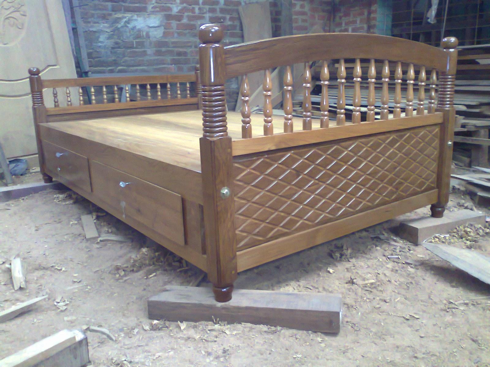 Anand Furnitures Box Drawer Teak Wooden Cot