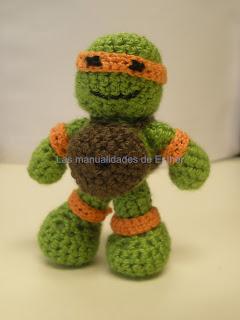 Tortuga Ninja hecha a crochet de frente