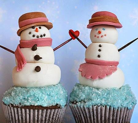 Снежни човеци от захарно тесто