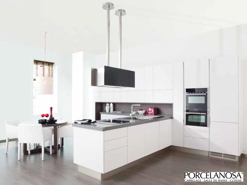 gara cuisine cuisine design blanche. Black Bedroom Furniture Sets. Home Design Ideas