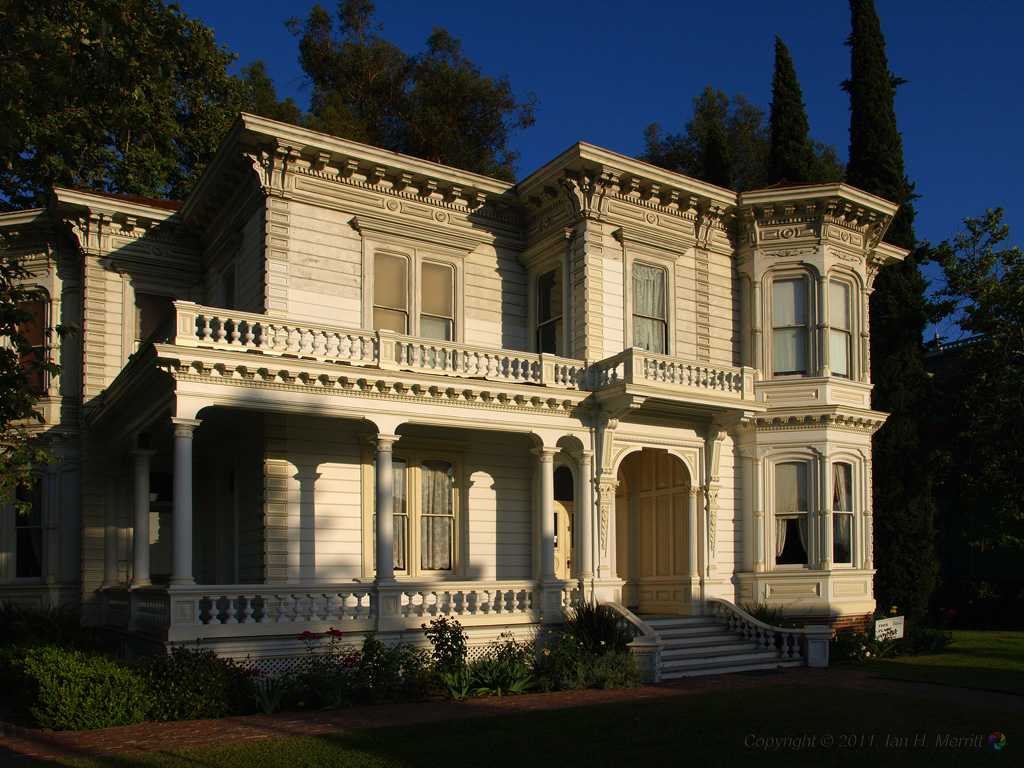 1000 images about victorian exterior interior on for Modern house history