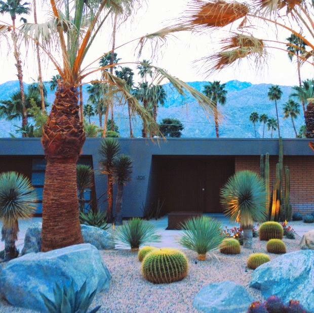 Spotlight On Palm Springs Style Outdoor Areas: Design Talk