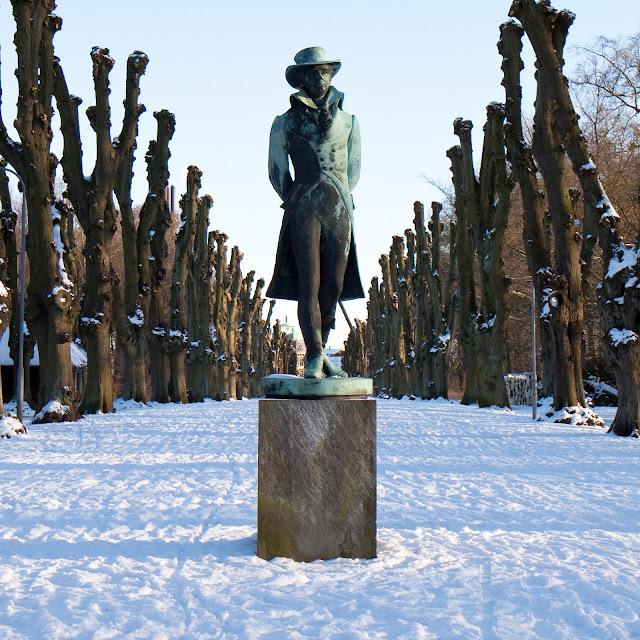 Adam Gottlob Oehlenschläger statue, Søndermarken / Frederiksberg Have